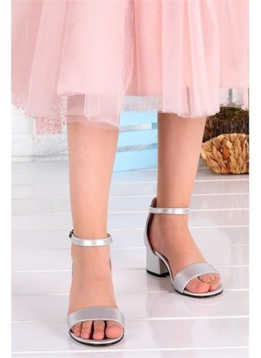 Kiko Kids  041 Elmnt Cilt Kız Çocuk 3 Cm Topuk Sandalet Ayakkabı Gümüş